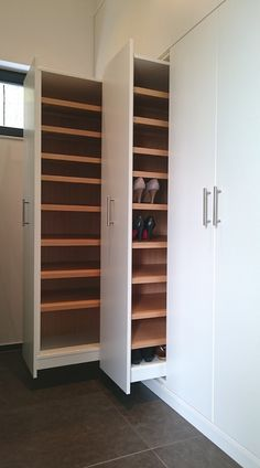 Wardrobes made to order – Schreinerei van Assem designs your furniture individually according to your wishes. / Dekopub Wardrobes made to order – Schreinerei van Assem designs your furniture individually according to your wishes. Bedroom Closet Design, Closet Designs, Bedroom Storage, Storage Closets, Shoe Storage In Wardrobe, Shoe Rack Closet, Hallway Storage, Laundry Room Design, Home Organization