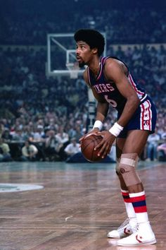 Julius Erving scans the Celtics defense and prepares to make a move during a 1977 game in Boston Basketball Pictures, Basketball Legends, Sports Basketball, Basketball Players, Jordan Basketball, Street Basketball, Nba Pictures, Basketball History, Basketball Stuff