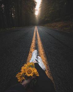 Camino a:_________ (completa la frase) Fotografía de Ashley - - (@ashleyinwanderland) - -  #photooftheday #sunflower #roadtrip #photography #bestframes #shotzdelight #CulturaColectiva