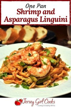 One Pan Shrimp and Asparagus Linguini #shrimp #pasta #easyrecipe #onepan #SundaySupper - Jersey Girl Cooks