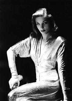 Lauren Bacall, 1944.