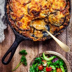 Moussaka, Lamb Recipes, Wine Recipes, Food From Different Countries, Home Food, Mellow Yellow, Health Remedies, Tandoori Chicken, Food Porn