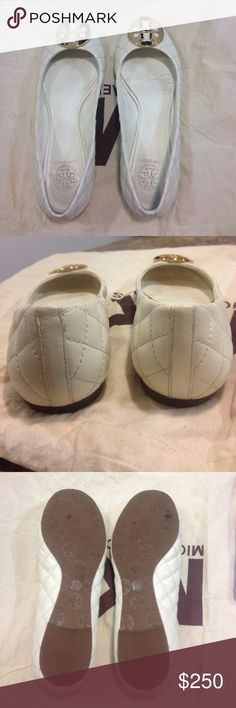 ⬇️Ⓜ️Tory Burch Quinn Quilted Leather Ballet Flats Color: Ivory + Gold hardware / Condition: worn once, still in beautiful condition. Little wear that is barely noticeable unless you look super closely. Pictures show condition and beauty! Do not have original shoe dust bag but can provide this Michael Kors dust bad shown in pictures. Tory Burch Shoes Flats & Loafers