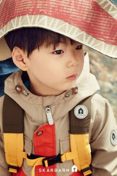 The 'Superman is Back' triplets are the most adorable adventurers for 'Skarbarn' Cute Asian Babies, Korean Babies, Cute Babies, Outdoor Clothing Brands, Triplet Babies, Superman Kids, Korean Tv Shows, Man Se, Song Daehan