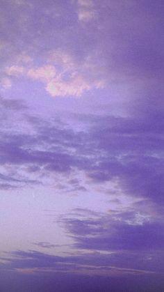 #wallpaper #aesthetic #iconic #duvarkağıdı #estetik #ikonik #sky Light Purple Wallpaper, Purple Wallpaper Iphone, Cloud Wallpaper, Iphone Background Wallpaper, Colorful Wallpaper, Sunset Wallpaper, Galaxy Wallpaper, Violet Aesthetic, Lavender Aesthetic