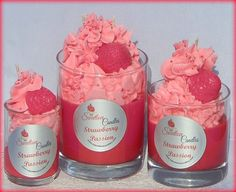 Strawberry Passion Cupcake Candle Gel Candles, Cute Candles, Natural Candles, Unique Candles, Diy Aromatherapy Candles, Cupcake Candle, Candle Making Business, Scented Wax, Scented Candles