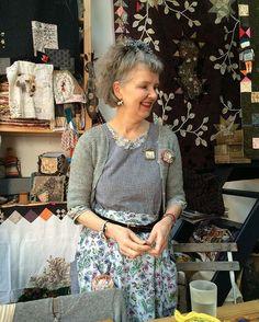 La belle vie continue pour moi : cours avec la génialissime Julie Arkell #diy #embroidery #broderie #broche