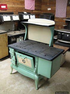 Vintage stove | just gorgeous | Dre Horton | Flickr