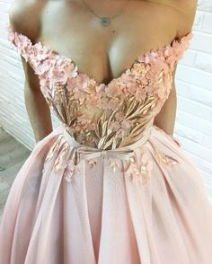 Blush pink evening gowns with flower detail Evening Dresses, Prom Dresses, Formal Dresses, Elegant Dresses, Pretty Dresses, Sweetheart Prom Dress, Beautiful Gowns, Dream Dress, Ball Gowns