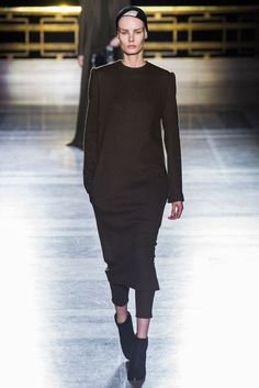 Haider Ackermann - Fall 2014 Ready-to-Wear - Look 13 of 31?url=http://www.style.com/slideshows/fashion-shows/fall-2014-ready-to-wear/haider-ackermann/collection/13