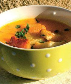 O supă-cremă de legume foarte gustoasă care se face repede şi uşor. Iată reţeta: Gazpacho, Thai Red Curry, Vegan Vegetarian, Food And Drink, Soup, Cooking Recipes, Eat, Ethnic Recipes, Kitchens