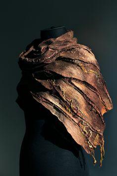 "50/50 extra fine Australian merino wool / mulberry silk, silk chiffon fabric. Length 67"" (170 cm) Width 11 1/2"" ( 29 сm) Weight 3,7 oz (100 gm)"