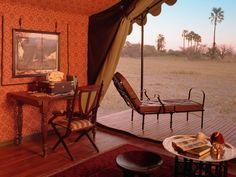 Jacks Camp on Makgadgadi Pans in Botswana. Safari from Jack Camp to Makgadigadi Botswana Camping Glamping, Luxury Camping, Seychelles, Uganda, Chobe National Park, Campaign Furniture, British Colonial Style, Luxury Tents, Luxury Hotels