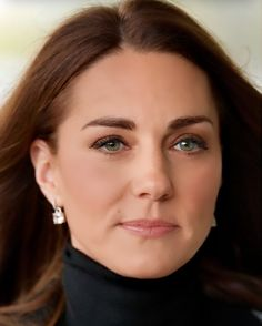 Kate Middleton Prince William, Prince William And Kate, Kate Middleton Hair, Princesa Kate Middleton, Kate And Meghan, Short Grey Hair, Diana, Victoria, British Royals