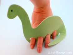 Diplodocus Dinosaurs Felt Finger Puppet Pattern 6 Dinosaur Puppet, Dinosaur Crafts, Dinosaur Party, Real Dinosaur Egg, Finger Puppet Patterns, Felt Finger Puppets, Felt Patterns, Creative Activities, Felt Fabric