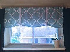 Easy DIY window valance for the office! | www.sypsie.com