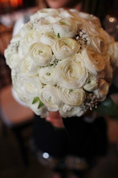 White rannunculus bouquet for Nicole!