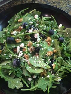 Arugula Salad with Blueberries and Goat Cheese