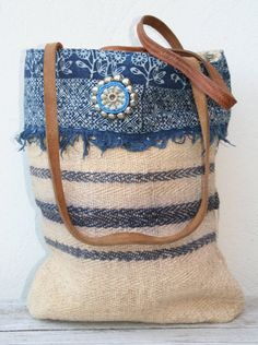 Graanzak tote bag with tribal details reserved by KussenvanPaula