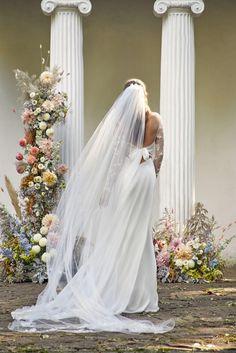 Faith / Nora Sarman Bridal