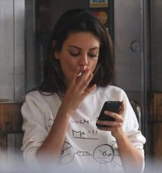 Mila Kunis, smoke, and cigarette image Mila Kunis Smoking, Celebrity Smokers, Icon Girl, Thats 70 Show, Girls Smoking Cigarettes, Cigarette Aesthetic, Donatella Versace, Girl Smoking, Smoking Ladies