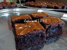Amazing Gooey Brownies by Cakes with L.O.V.E., via Flickr