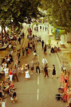 Paris street dance (Kari Geltemeyer)