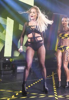 Рита ора выступает на Г-А-Y в Лондоне 27.06.15
