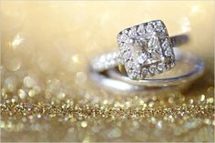 shabby chic strisce volant primavera romantico glamour bling gioielli in oro perfetto foto immagini anelli anello di fidanzamento colpi di nozze rosa weddin