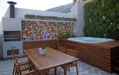 Jacuzzi in outdoor Rooftop Terrace Design, Rooftop Patio, Corner Summer House, Terrasse Design, Jacuzzi Outdoor, Small Backyard Pools, Pent House, Pergola, Outdoor Decor