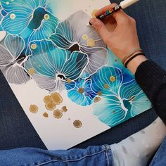 Blue and grey ink flowers. Alcohol Ink Crafts, Alcohol Ink Painting, Alcohol Ink Art, Abstract Watercolor, Watercolor And Ink, Watercolor Paintings, Abstract Art, Watercolor Tattoos, Art Resin