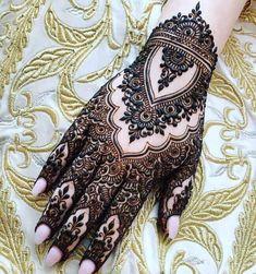 Amazing Eid Mehandi Designs for Beautiful Girls – Mehndi Designs 2020 Modern Henna Designs, Latest Henna Designs, Henna Tattoo Designs Simple, Full Hand Mehndi Designs, Henna Art Designs, Mehndi Designs 2018, Stylish Mehndi Designs, Mehndi Designs For Girls, Wedding Mehndi Designs