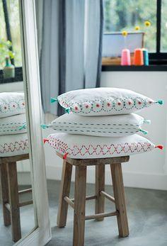 Broderie : broder des coussins pour une déco d'intérieure stylée !    Embroidery: embroider cushions for a stylish interior decoration!