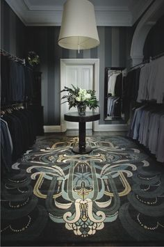 The best of luxury closet design in a selection curated by Boca do Lobo to inspire interior designers looking to finish their projects. Discover unique walk-in closet setups by the best furniture makers out there Arte Art Deco, Estilo Art Deco, Art Deco Room, Room Art, Walk In Closet Diy, Man Closet, Closet Rod, Huge Closet, Closet Space
