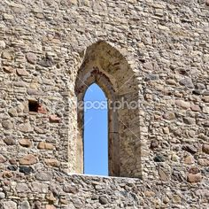 Window in an old castle wall — Stock Image #32837387