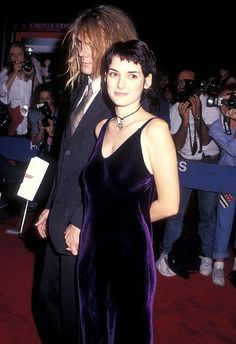 The Slip Dress - Winona Ryder, 1993 Fashion Male, Fashion History, 90s Prom Dresses, Slip Dresses, 1990 Style, 1990s Fashion Trends, Short Grunge Hair, Winona Forever, Vintage Outfits