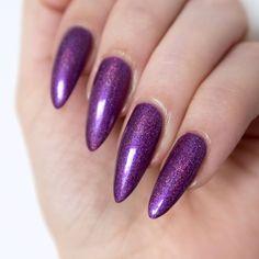 a-england 'Crown Of Thistles'. This purple holo polish feels so wintery, I love it! Purple Manicure, Purple Nail Art, Purple Nail Designs, Metallic Nails, Glitter Nail Art, Nail Art Diy, Easy Nail Art, Chrome Nails, Thistles
