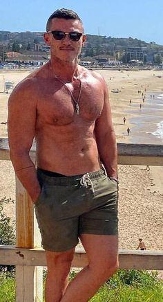 Hot Actors, Handsome Actors, Home Workout Men, Hot Men Bodies, Scruffy Men, Hunks Men, Beefy Men, Hommes Sexy, Luke Evans