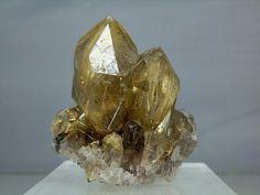 Quartz Crystal Cluster Heavily Rutilated Display Specimen Amazing Quality Display Specimen Minas Gerais, Brazil 134 grams in Weight
