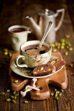 .#pistachio chocolate biscotti
