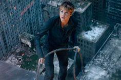 """Primeira prévia do trailer de """"A Série Divergente: Insurgente"""" - http://metropolitanafm.uol.com.br/novidades/entretenimento/primeira-previa-trailer-de-serie-divergente-insurgente"""