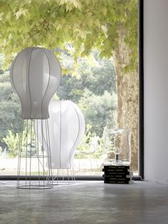 BONBONNE lamp collection, design by Jean-François D'Or. Edition LIGNE ROSET. Bonbonne is a lamp collection with a blown clear glass abat-jour. Clear blown glass   Chromed steel Hanging lamp D30 x H22 cm Floor lamp D30 x H40 cm Produced and distributed by Ligne Roset Pictures © Ligne Roset - CINNA. Architecture - Interior - Lighting. LOUDORDESIGN studio http://www.loudordesign.be/en/products/bonbonne_lamp/