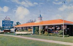 Howard Johnson's, via Flickr.  stopping on the way from brooklyn to pittsburgh and back again...
