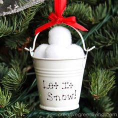 Creative Green Living: Dollar Store Snow Ball Christmas Ornament