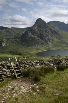 Tryfan from the lower slopes of Pen yr Ole Wen, Wales