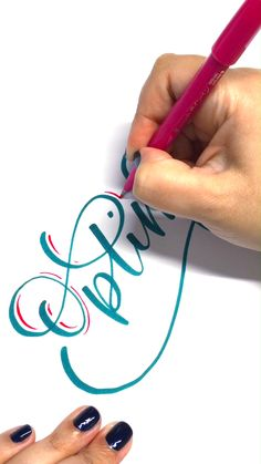 mom calligraphy Crayola lettering by Chrystal Elizabeth chrystalizabeth using a Broad Tip Crayola Marker Creative Lettering, Lettering Styles, Brush Lettering, Lettering Design, Calligraphy Handwriting, Calligraphy Letters, Modern Calligraphy Alphabet, Penmanship, Hand Lettering Tutorial