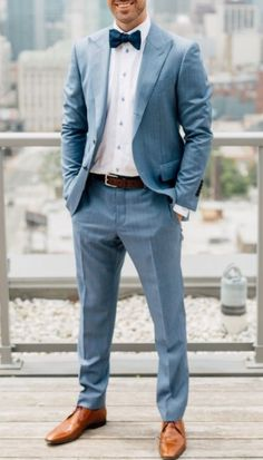 a light blue suit, a white shirt, a navy bow tie, a brown belt and amber shoes - Anzug Hochzeit - Blue Groomsmen Suits, Groom And Groomsmen, Groom Suits, Casual Groomsmen Attire, Groomsmen Tuxedos, Wedding Men, Wedding Suits, Light Blue Suit Wedding, Mens Light Blue Suit
