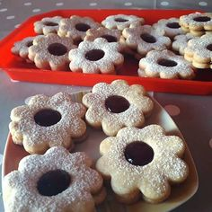 Christmas Baking, Doughnut, Food And Drink, Cake, Sweet, Foods, Kitchens, Pie Cake, Food Food