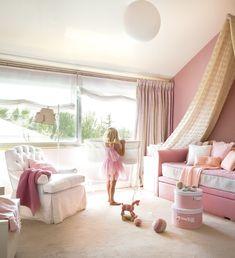 Nursery design - 33 fairytale ideas for the girls room! Baby Bedroom, Girls Bedroom, Bedroom Decor, Fantasy Bedroom, Pink Bedrooms, Princess Room, Pink Room, Little Girl Rooms, Nursery Design