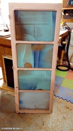 Idée pour recycler et transformer une vieille fenêtre facilement St Max, Outdoor Art, Diy Wood Projects, Painted Furniture, Nov 2016, Diy Crafts, House Design, Home Decor, Windows